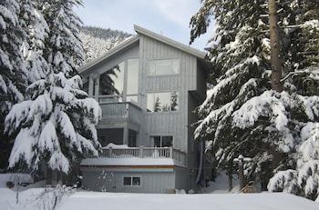 Picture of Belle Neige Suites- Whistler in Whistler