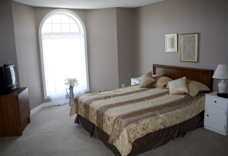 Downtown Whitby Furnished Homes, Whitby, Zimmer