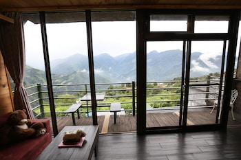 Picture of Villa Relax in Ren'ai