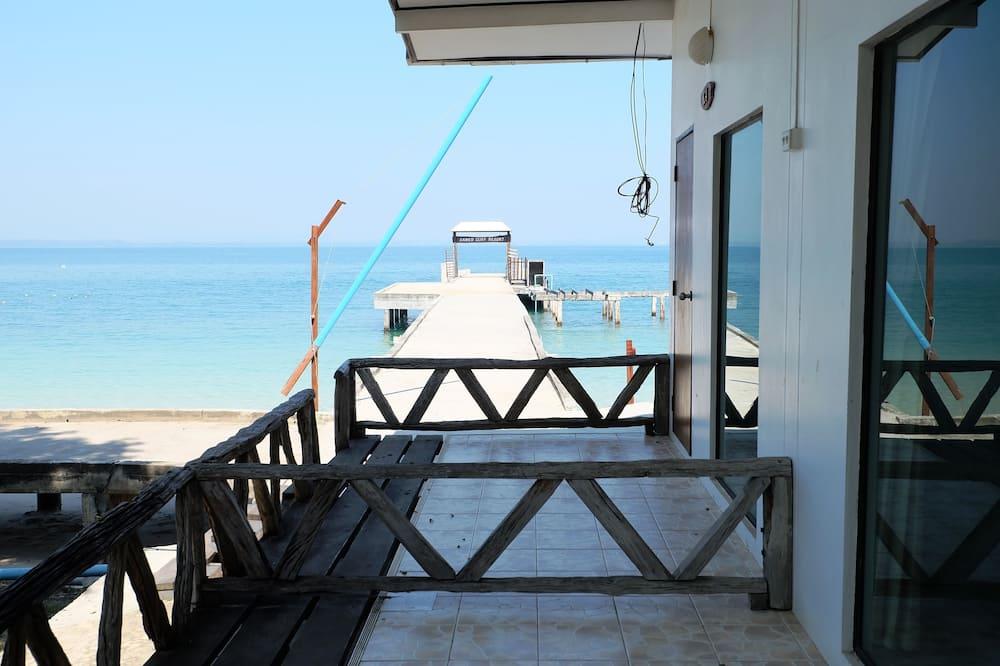 Kiengtalay ( Ground level / Next to the beach area )   - Balcon