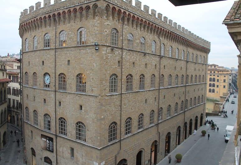Tornabuoni View, Florencie, Průčelí hotelu
