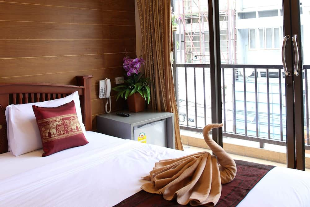 Exclusive Deluxe Room with Balcony - Zimmer