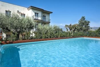 Obrázek hotelu Residence Villa Collina ve městě Giardini Naxos