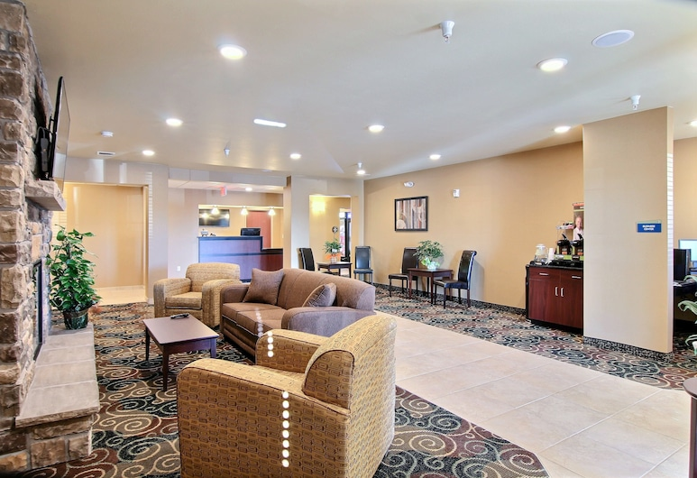 Cobblestone Hotel & Suites - Beulah, Μπιούλαχ, Καθιστικό στο λόμπι