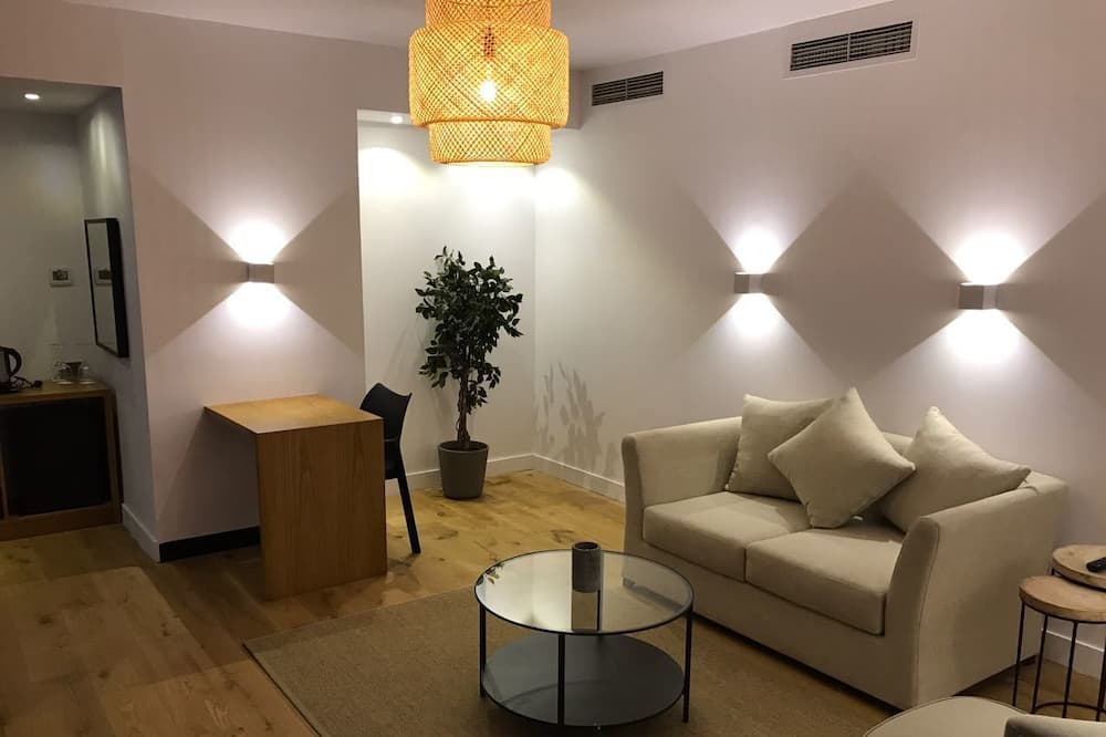 Suite superior, 1 cama King size - Sala de estar