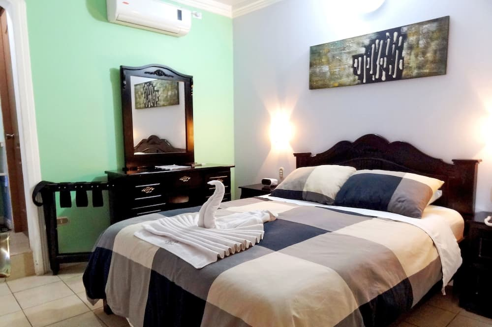 Standard Double Room, 1 Queen Bed (Air Conditioning) - Guest Room