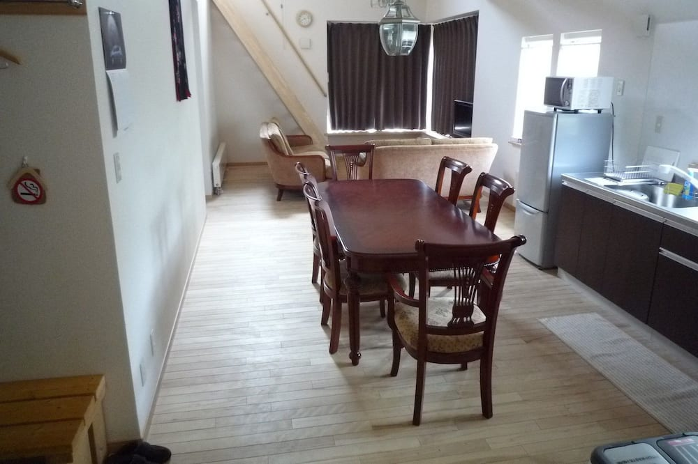Apartment, 2 Bedrooms (with Loft - 201) - In-Room Dining