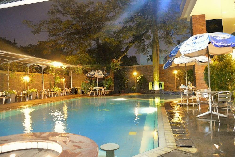 Kedaton Hotel, Bandung