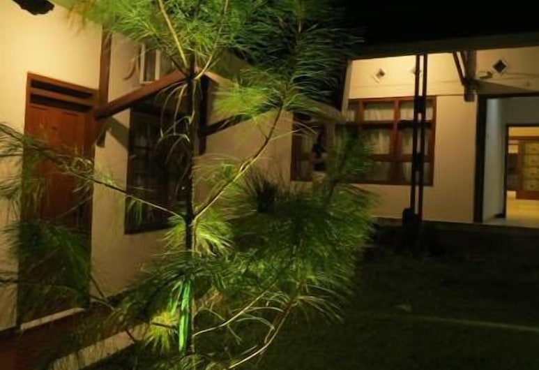 Elenor's Home at Eyckman, Bandung, Aed