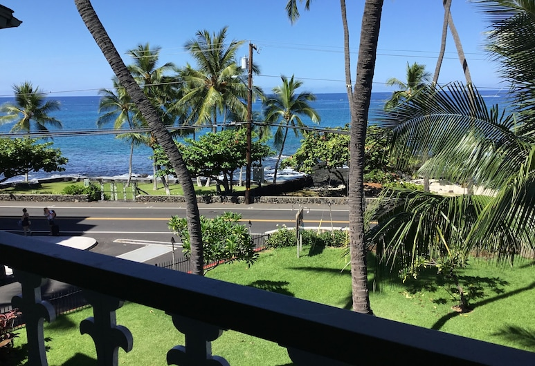 Vacation Condos In Kona, Kailua-Kona, Panoramic Studio, Ocean View, Balcony
