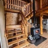Panoramic Cabin, Balcony, Mountain View - Living Area