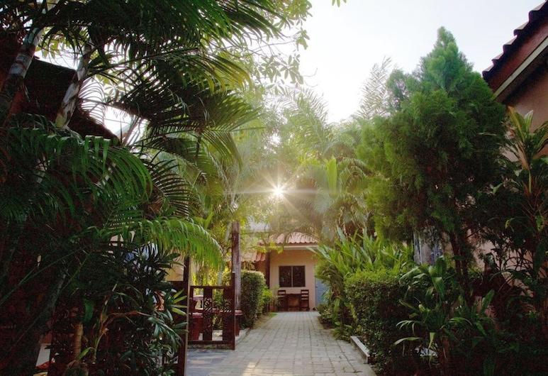 Baan Kasirin Resort 2 Koh Lipe, Satun, Puutarha