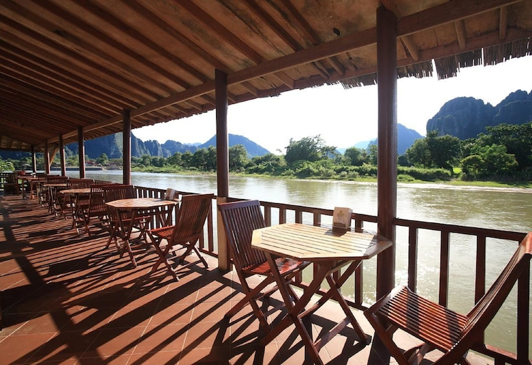 The Elephant Crossing Hotel, Vang Vieng, Hotel Bar