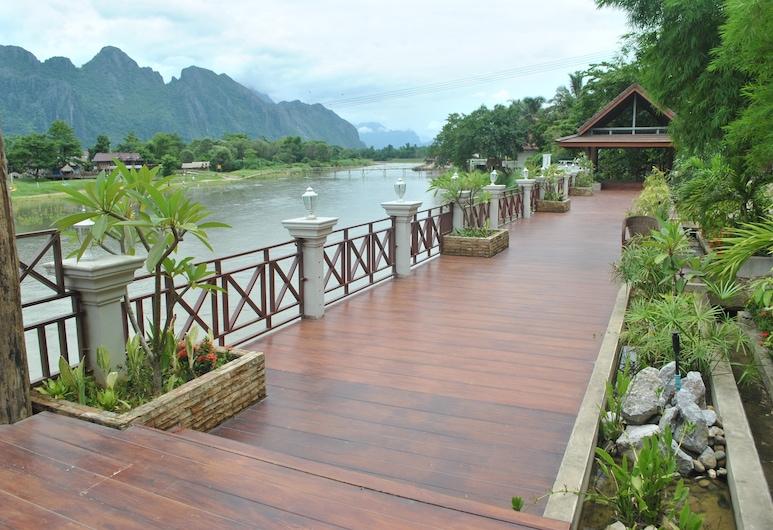 Silver Naga Hotel, Vang Vieng, Terrace/Patio