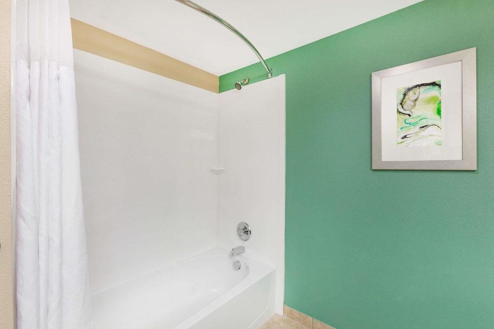 Suite, Nichtraucher - Badezimmer
