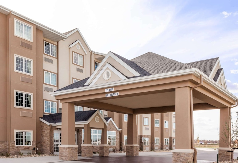 Microtel Inn & Suites by Wyndham West Fargo Medical Center, West Fargo