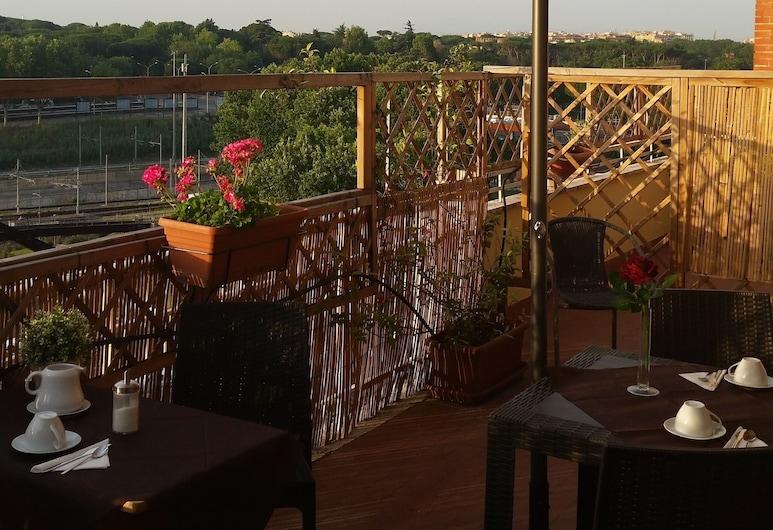 Atticoromantica, Rome, Outdoor Dining