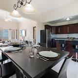 Prémium apartman, 2 hálószobával, két fürdőszobával, kilátással az óceánra - Étkezés a szobában