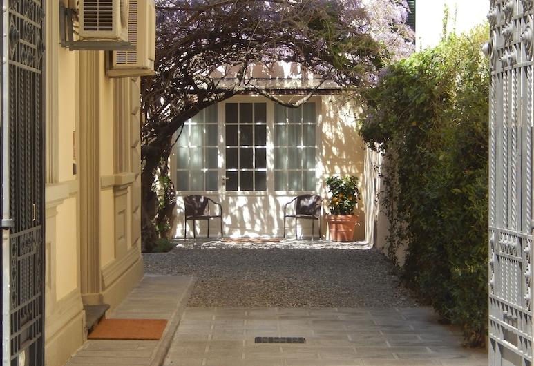 Villino Fiorentino, Florence, Hotel Entrance