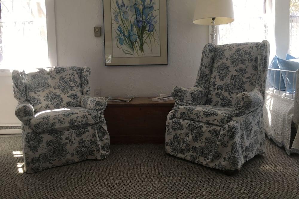 Iris Room - Living Area
