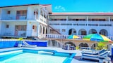 Choose This 2 Star Hotel In Ocho Rios