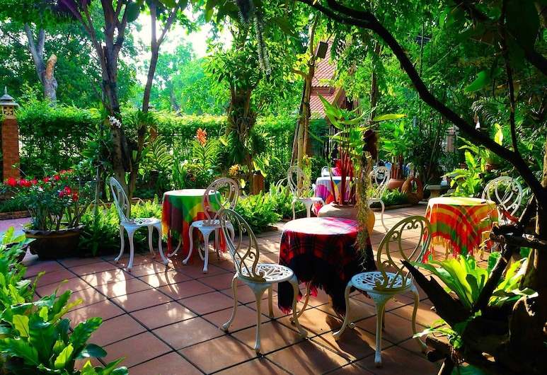 Baifern Homestay, Ayutthaya, Ulkoalueet