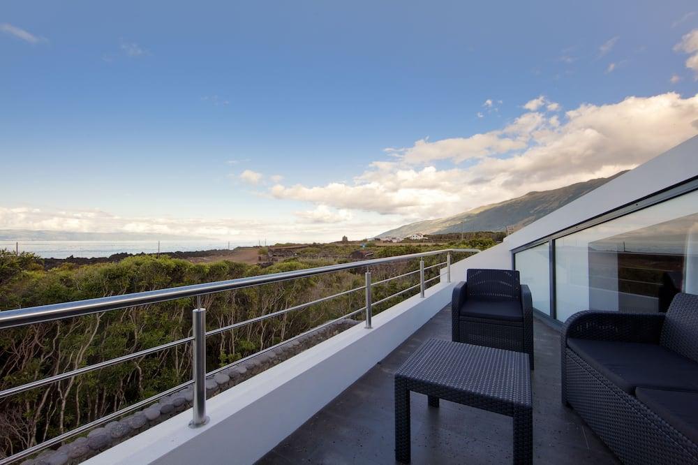 House (Fogo) - Balcony