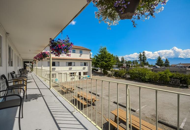 Sunnycrest Motel, Gibsons