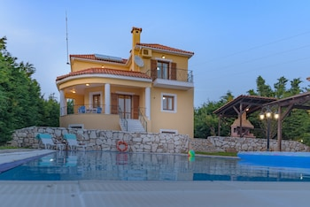 Picture of Kefalonia Houses in Kefalonia