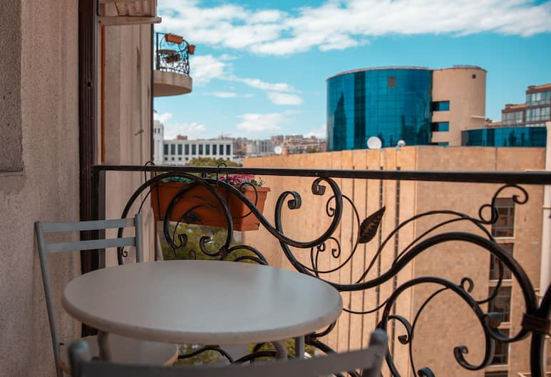 Kantar Hostel, Yerevan, Tweepersoonskamer, gemeenschappelijke badkamer, Balkon