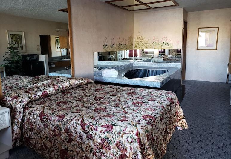 Budget Inn, Fallon, Premium-rum - 1 queensize-säng - bubbelpool, Gästrum