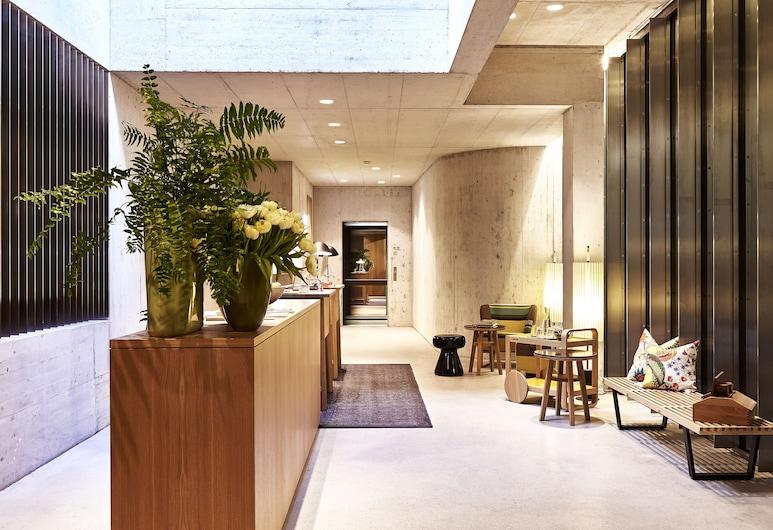 Nomad Design & Lifestyle Hotel, Basel, Lobby