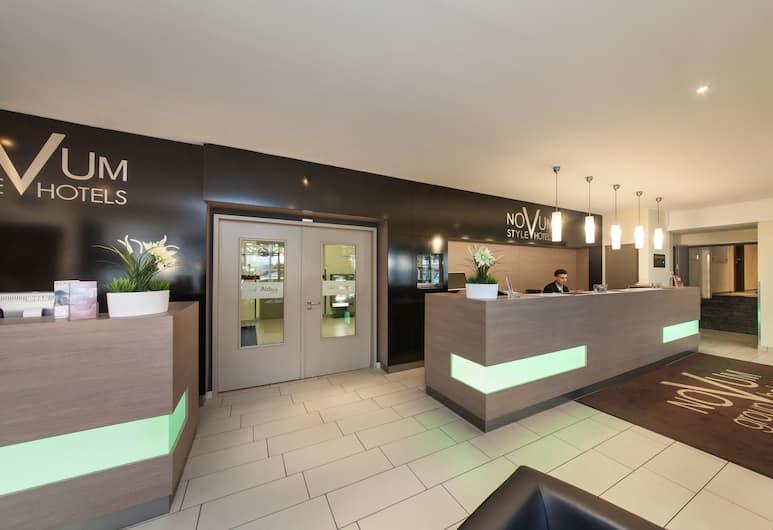 Novum Style Hotel Aldea, Berlin, Rezeption