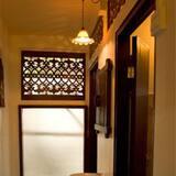 Тримісний номер категорії «Економ» - Ванна кімната