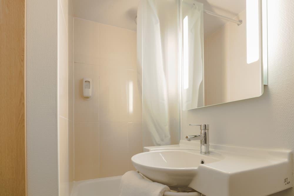 ห้องดับเบิล, ปลอดบุหรี่ - ห้องน้ำ