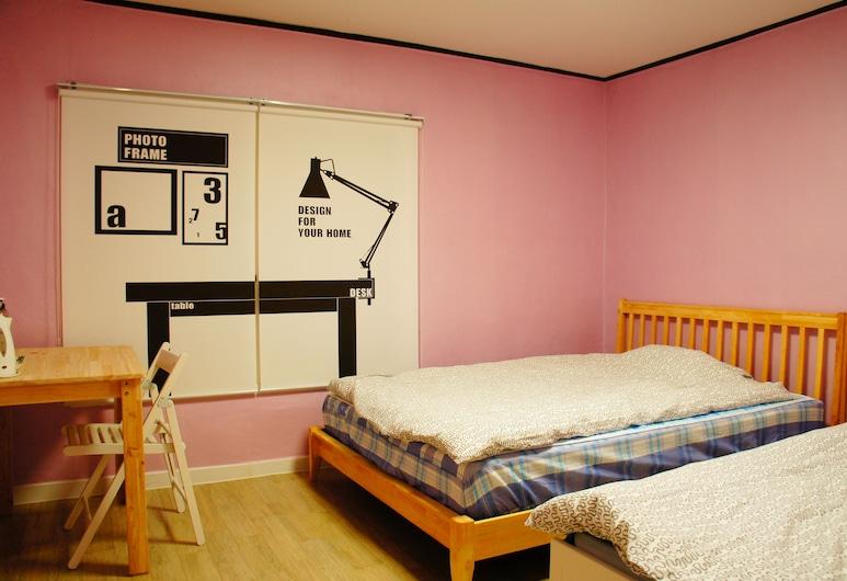 貓頭鷹青年旅舍, 首爾, 豪华双床房 (最多2人), 客房