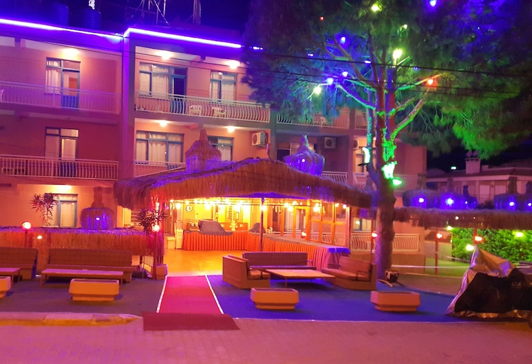 Grand Yayla Hotel, Cesme