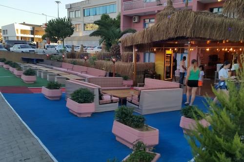 格兰亚拉酒店/