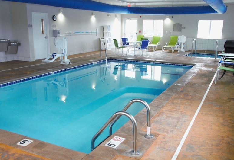 Microtel Inn & Suites by Wyndham Rochester South, Rochester, Indoor Pool