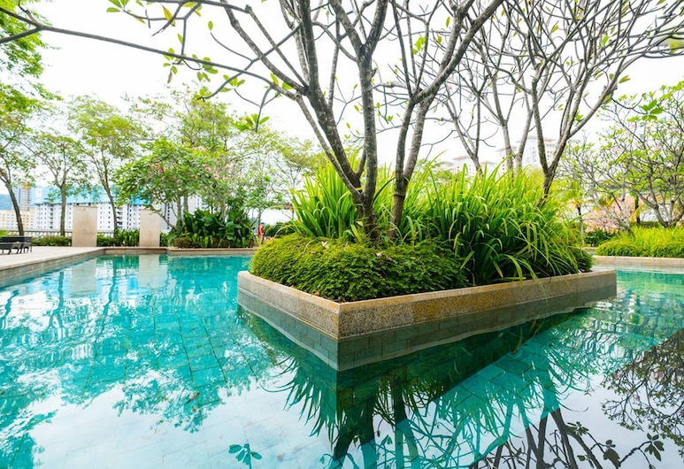 Home Suites by Marina, George Town, Outdoor Pool