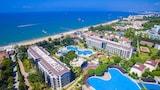 Resort in Side
