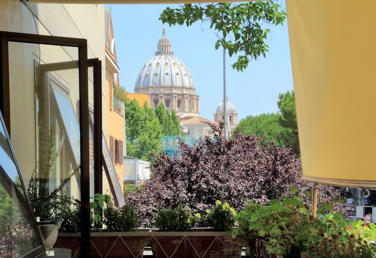 San Pietro Stazione, Rím, Dvojlôžková izba, Balkón