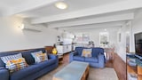 Choose this Apartment in Blairgowrie - Online Room Reservations