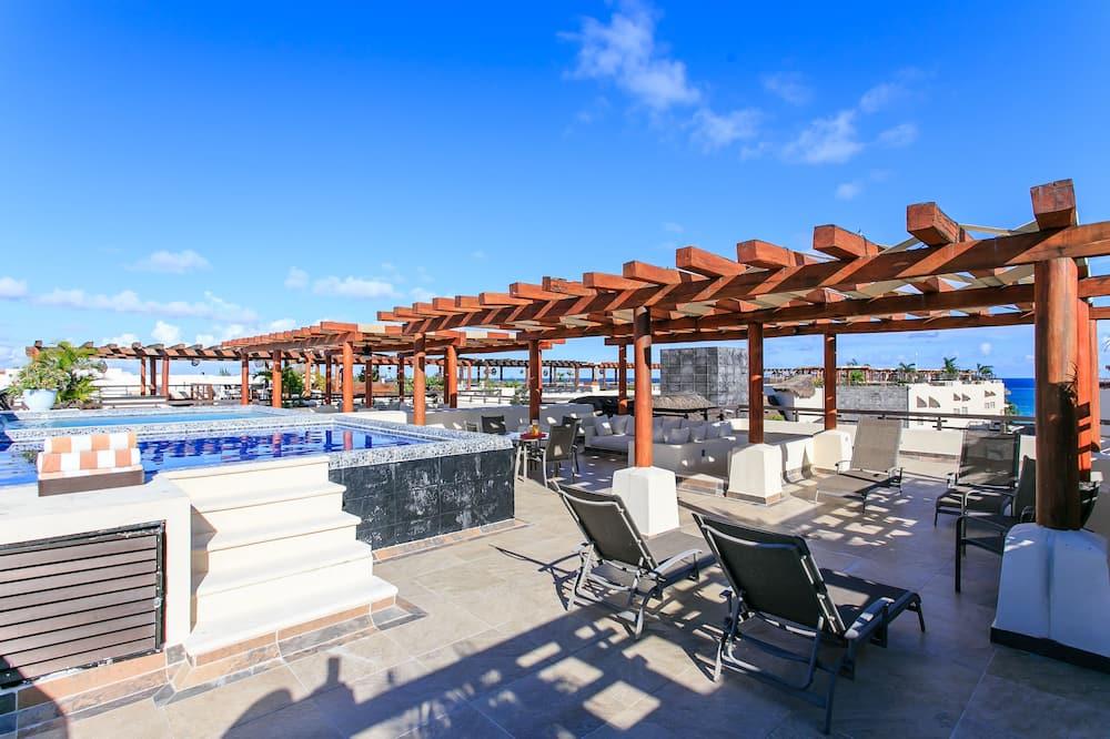 Ateliérové apartmá typu Deluxe, 2 ložnice, soukromý bazén (Penthouse Kool) - Venkovní bazén