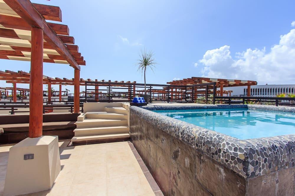 Ateliérové apartmá typu Premium, 3 ložnice, terasa (Penthouse Mamitas) - Venkovní vířivka