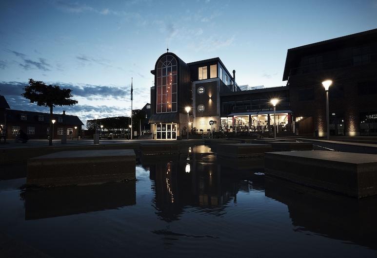 Hotel Skjern, Skjern, Hotel Front – Evening/Night