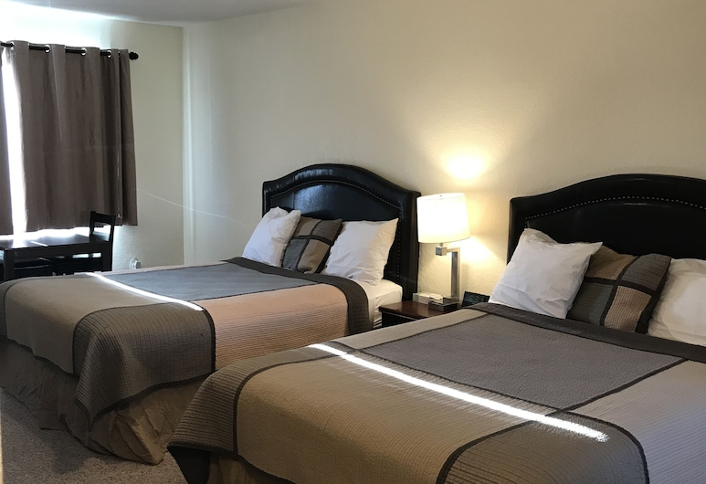 Townhouse Motel, קלמאת' פולז, חדר משפחתי, 2 מיטות קווין, חדר אורחים