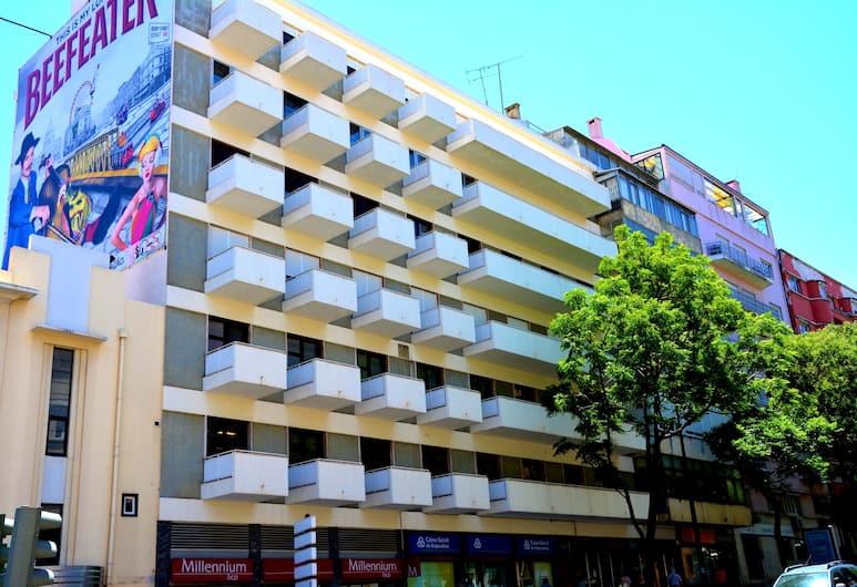 Wallis São Bento, Lisbon