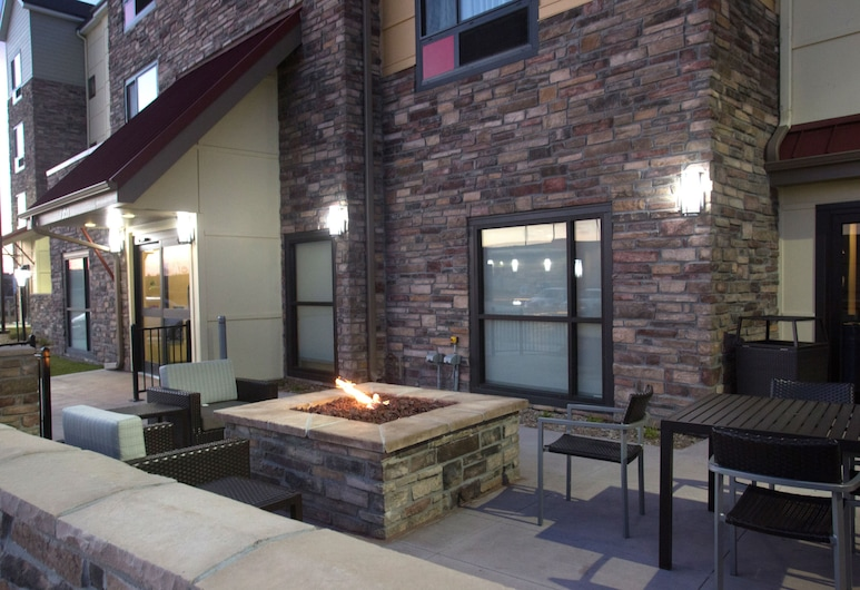 TownePlace Suites by Marriott Lincoln North, Lincoln, Terraza o patio