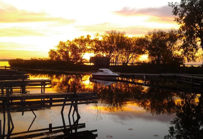 Stoneburg Cove Resort, Quinte West, Hotelgelände